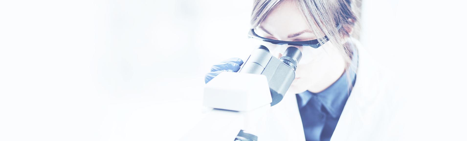 working doctor photo